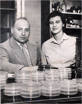 Joshua and Esther Lederberg at the University of Wisconsin in 1958.